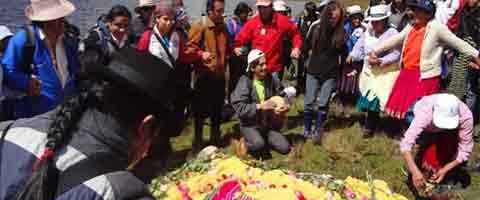 Imagen-Ecuador: Romeria de Resistencia a Chuyacocha