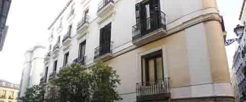 Imagen-Madrid: De palacio historico a 'piso patera'