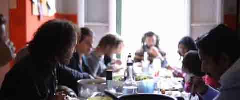 Imagen-Video: La Familia de al lado 2012 - El documental