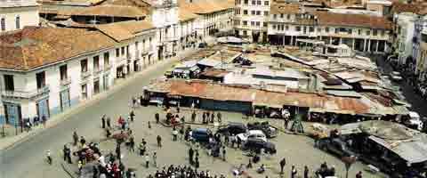 Imagen-Ecuador: Defensa de la Plaza de San Francisco de Cuenca