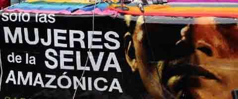 Imagen-Ecuador: Mujeres amazonicas quieren detener explotacion petrolera