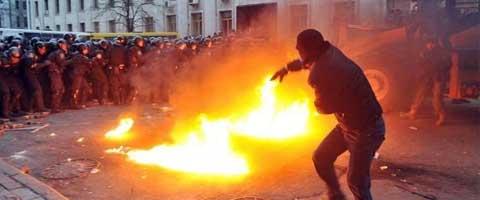 Imagen-Ucrania: Tropas del Gobierno de Kiev atacan a prorusos atrincherados en el este