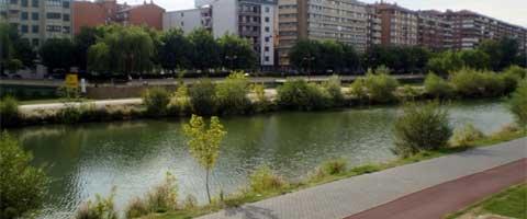 Imagen-Poder absoluto sobre el rio Bernesga ( España )