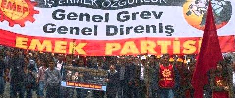 """Imagen-Pueblos de Turquia dijeron: """"La Paz y La Democracia"""""""