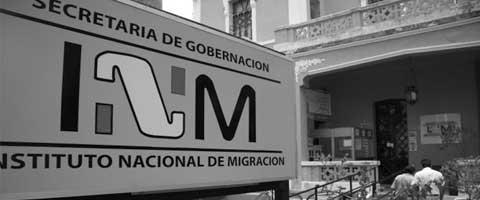 """Imagen-Mexico: """"Los oficiales nos pegan y nos humillan"""" migrantes en la estacion de Iztapalapa"""