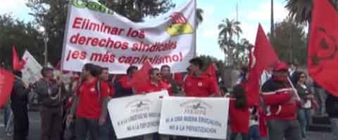 Imagen-Video Ecuador: Manifestaciones de protesta superaron a las fuerzas del gobierno