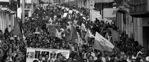 Imagen-Ecuador: Manifestaciones de protesta superaron a las fuerzas del gobierno