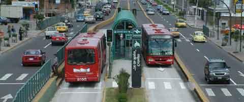 Imagen-Ecuador: Debate sobre transporte y movilidad