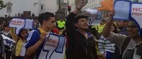 Imagen-Ecuador: Gobierno actua con venganza, dice la FESE