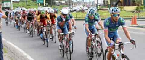 Imagen-Ecuador: El Movistar Team gana la 8va etapa de la vuelta ciclistica y lidera la clasificacion por equipos