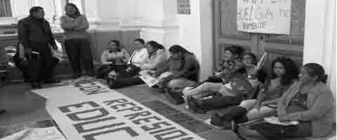 Imagen-Ecuador: Padres de familia en huelga de hambre denuncian maltrato por parte del gobierno